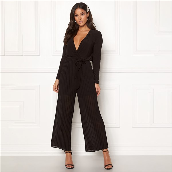 Happy Holly Bianca Pleated jumpsuit musta