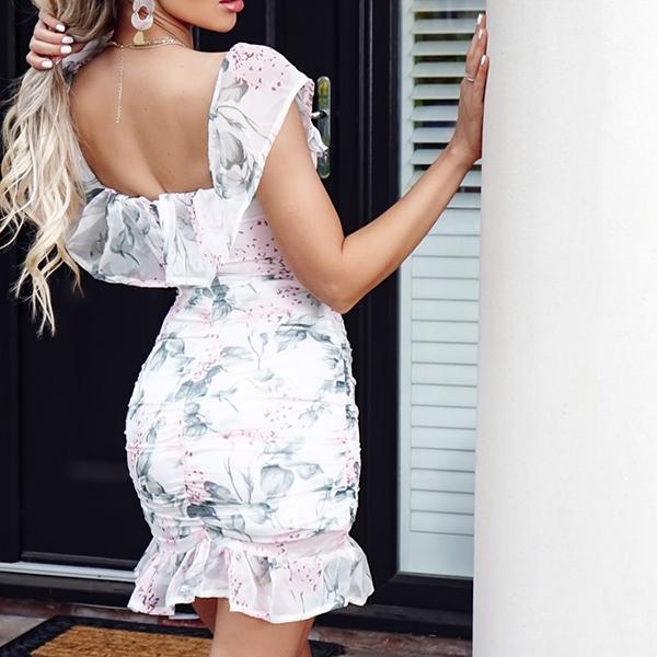 Parisian Felicia Bardot mekko kukkakuvioinen Mekot