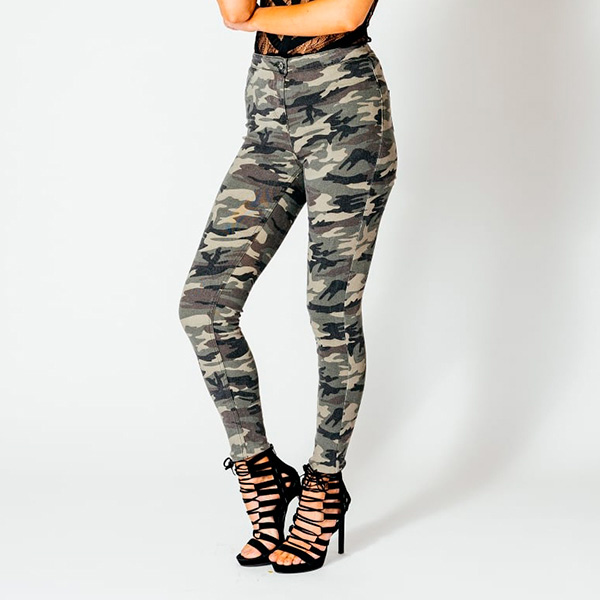 Parisian highwaisted stretch-housut camo