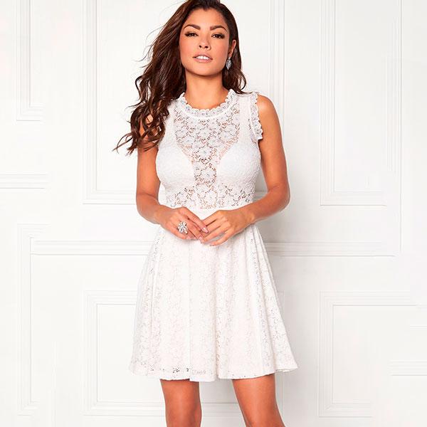 Chiara Forthi Ferrer mekko valkoinen 379c3a1bf9